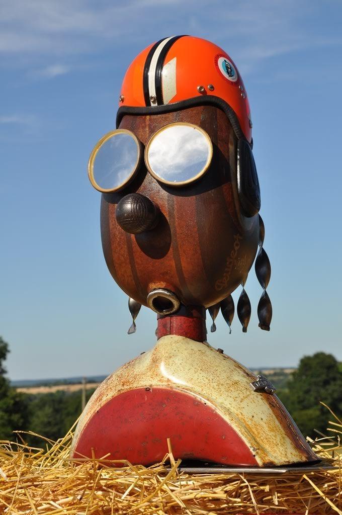 Manurhin le biker Sculpture du Moto Cœur